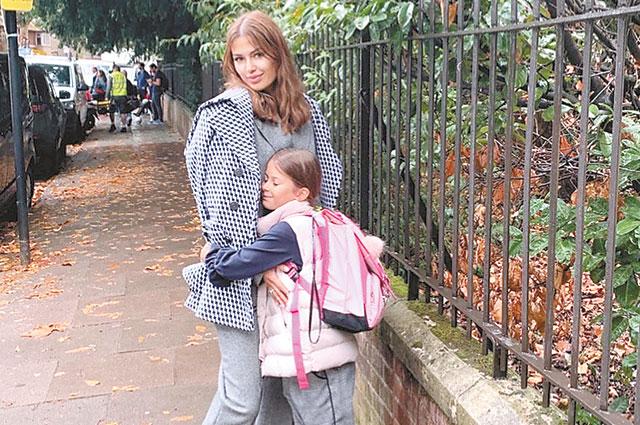 С дочерью Анджелиной.