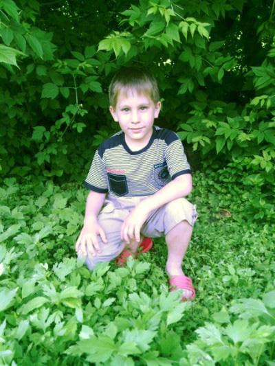 Из трудного ребёнка приёмный сын Саша превратился в покладистого мальчугана