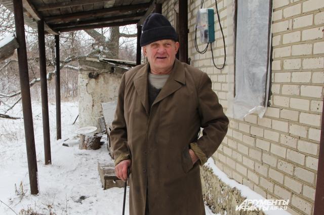 Анатолий Манухин живет в Платово «дикарем».