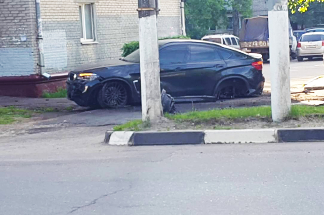 Авария в Подольске. BMW X6