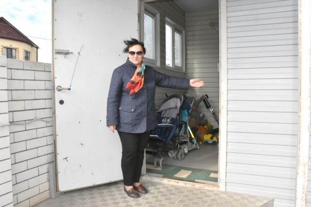 Семьи, проживающие в этом доме, вложили все свои сбережения.