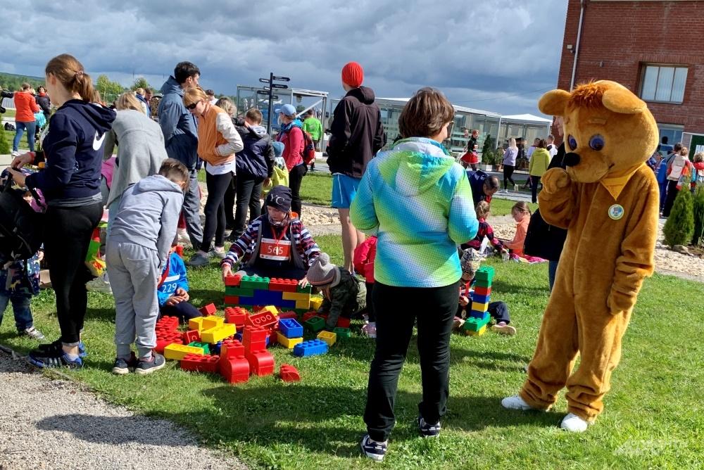 Детские площадки для детей.