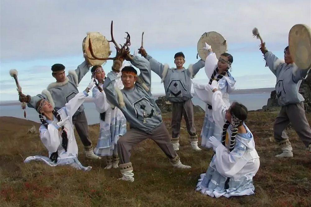Оригинальный жанр от коренных народов украсил трансляцию.
