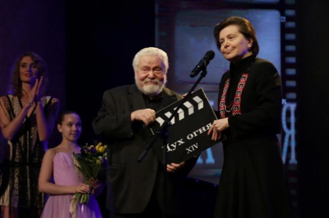 Сергей Соловьёв вместе с губернатором Югры Натальей Комаровой закрывают 14-й кинофестиваль«Дух огня»