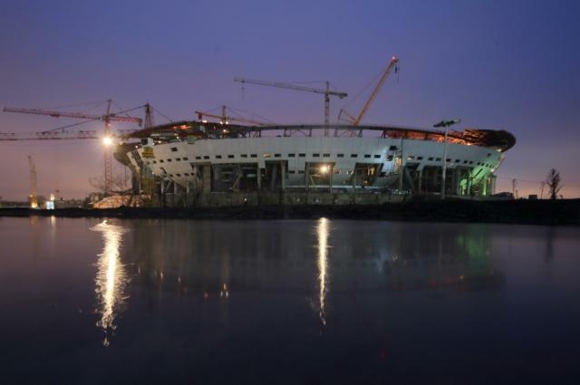 Стадион, строящийся в Петербурге, уже успел стать самым дорогим в мире.