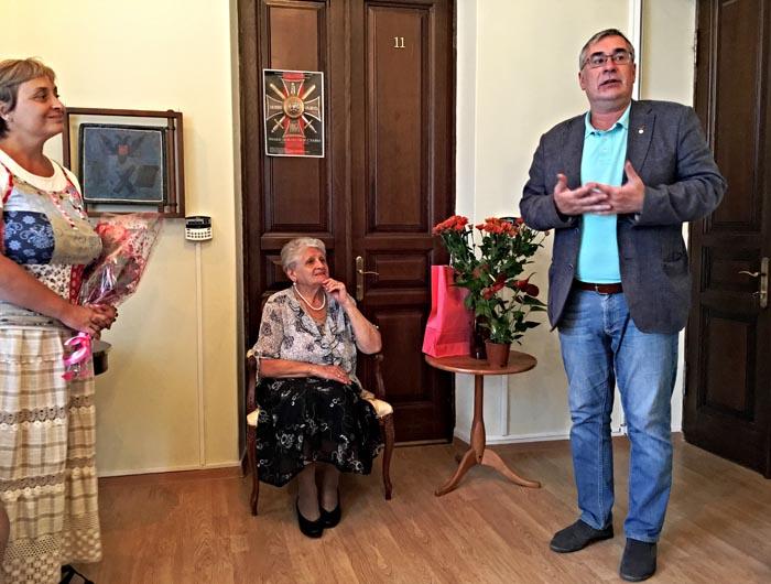 С директором Псковского музея-заповедника.