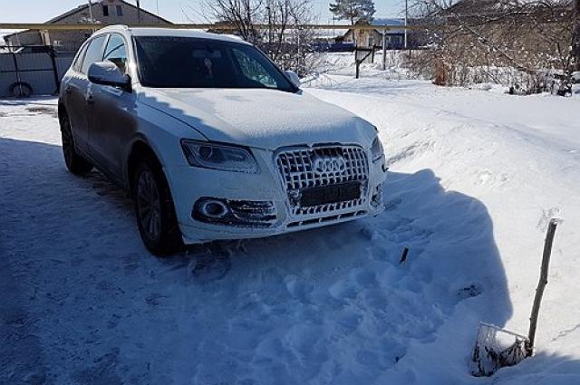 Автомобиль предполагаемого участника ДТП.