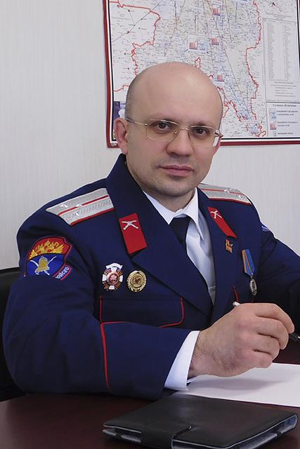 Виктор Ряченко имеет 3 высших образования и сейчас является гендиректором ОАО