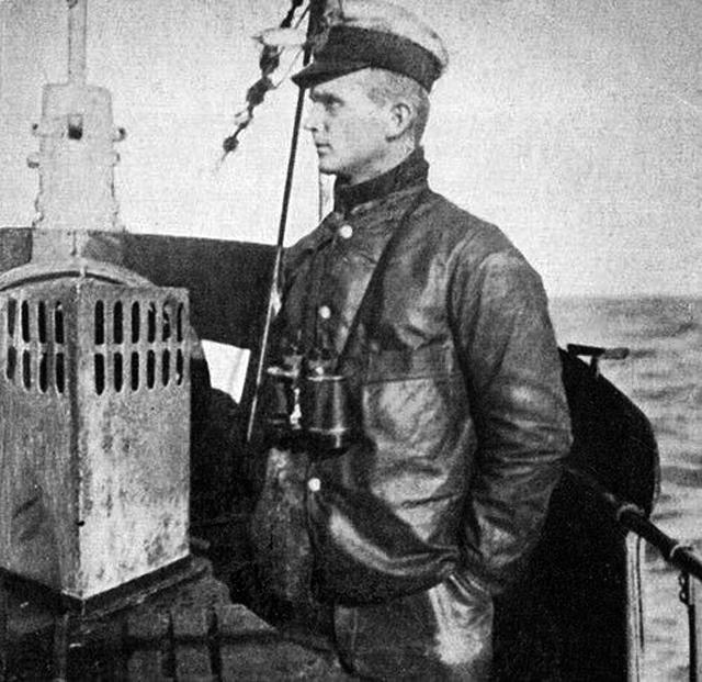 Карл Дениц на подводной лодке U-39, 1918 г.