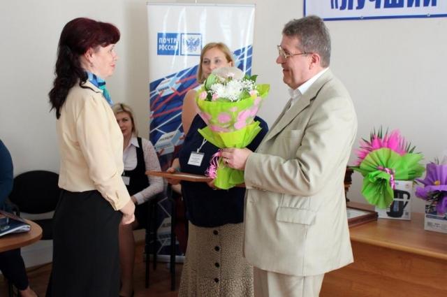 Награждение победительницы конкурса.