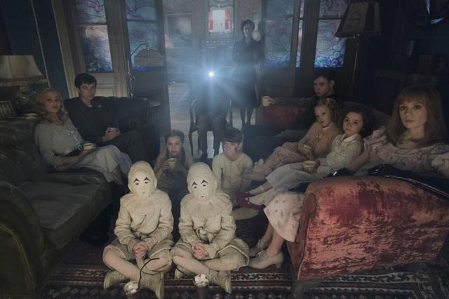 «Дом странных детей Мисс Перегрин (3D)».