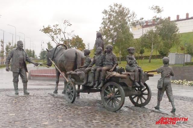 Макет памятнику казанскому благотворителю Асгату Галимзянову Асия Миннулина переделывала 11 раз!