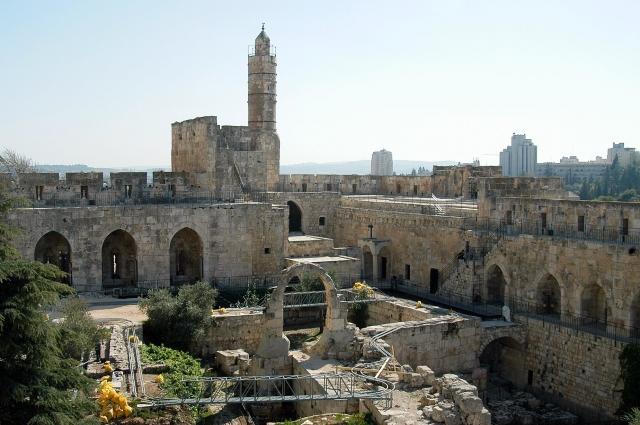 Археологический парк у подножия Башни Давида.