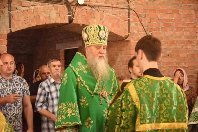 Митрополит Никон был назначен временно управляющим Оренбургской епархией в связи с заболеванием владыки Вениамина коронавирусом.