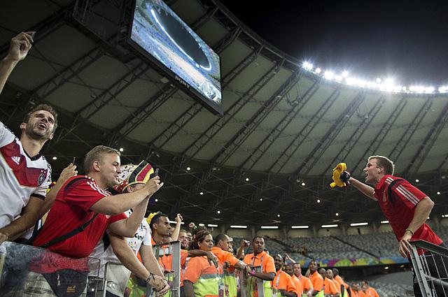 Кевин Гросскройц после победы над сборной Бразилии