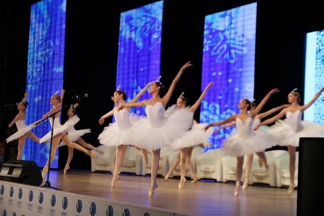Выступление балетной труппы Театра оперы и балета Республики Саха.