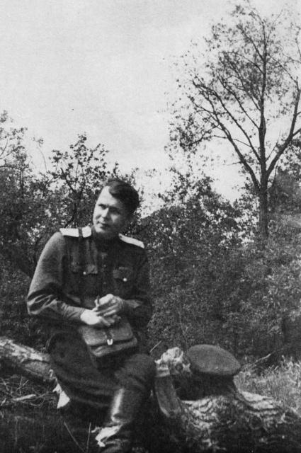 Александр Твардовский в Смоленске.