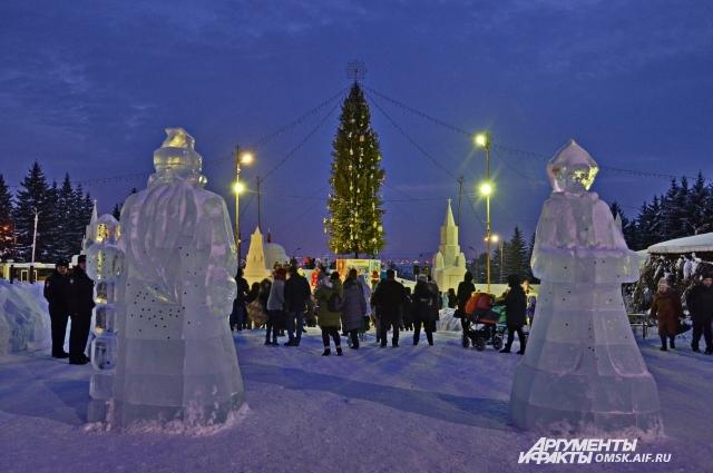 В этом году в Омске будет сразу две городские ёлки.