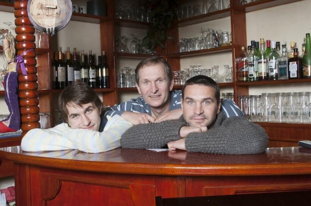 Сыновья Федора Добронравова тоже снимаются в кино.