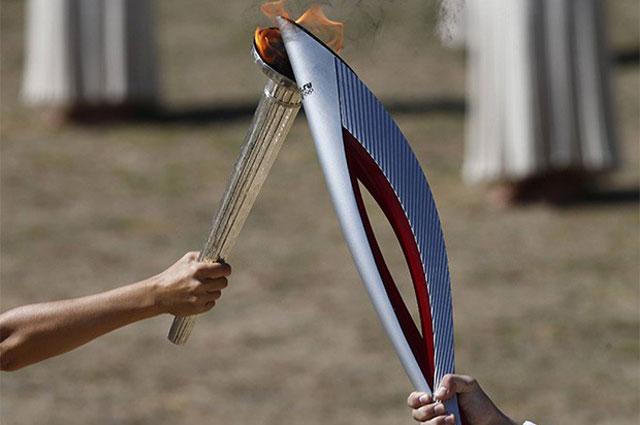 Церемония зажжения олимпийского факела Олимпиады-2014