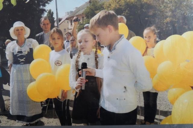 Внуки Третьяковых также принимают активное участие в сохранении культурных традиций немцев Поволжья.