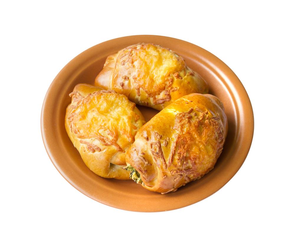 Пирожки с сыром и кедровыми орешками