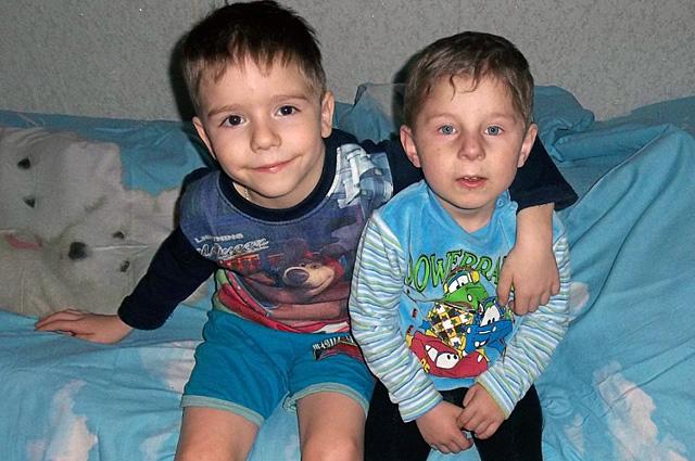 Братья Валера и Ваня.