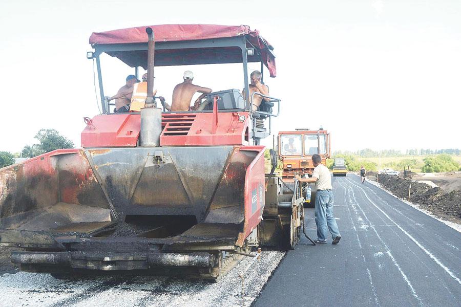 В 2017 году была построена долгожданная автомобильная дорога Рассказово — пос. Большие Туляны.
