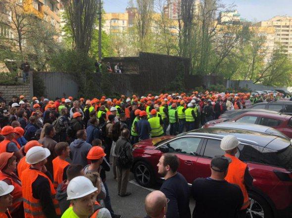 Вопрос завершения самого громкого на сегодняшний день инфраструктурного проекта столицы зависит от Антимонопольного комитета Украины