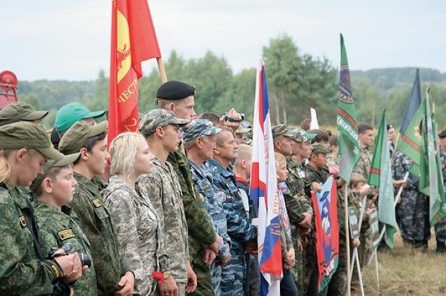 На Смоленщину приехали поисковики из 13 регионов России, а также из Белоруссии и Литвы.