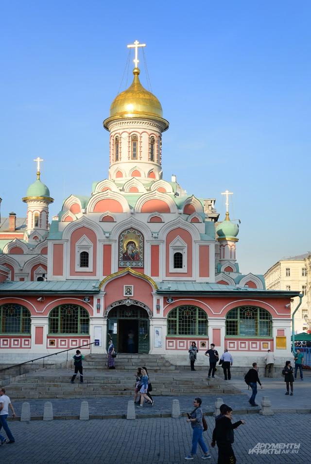Казанский собор был № 1 для царей.