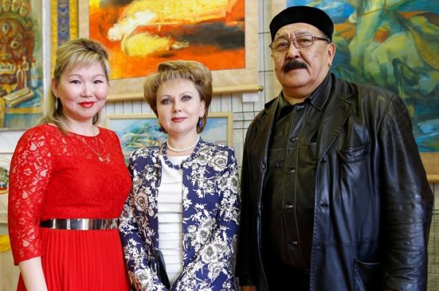 Министерство культуры Калмыкии и руководство вуза связывают многолетние дружеские отношения.