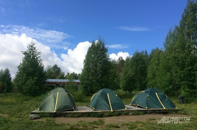 А в таких – в лагере.