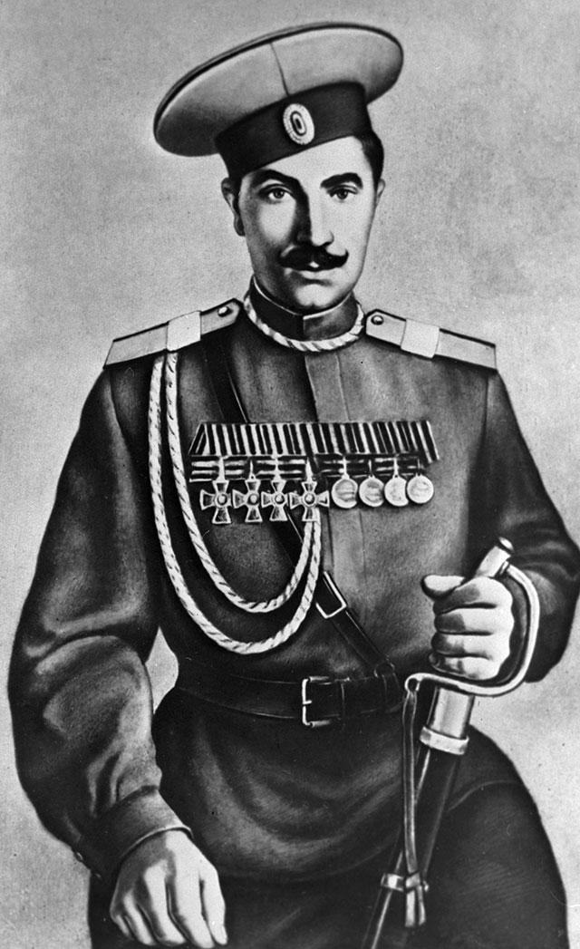 Обладатель Георгиевского креста всех степеней Семён Будённый.