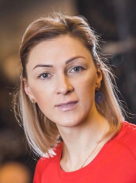 Тренер по лёгкой атлетике международного класса Наталья Измодёнова.