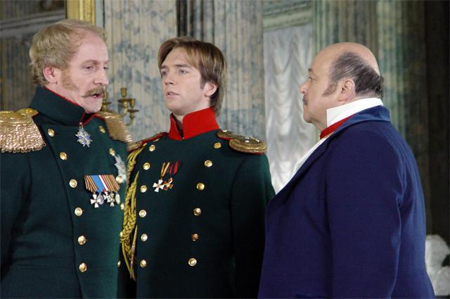 В роли Николая I в сериале «Бедная Настя», 2003 год.