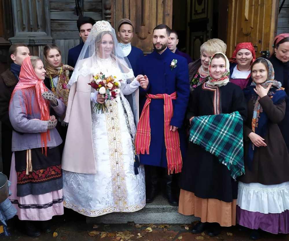 Свадьба по старинным традициям в Челябинске.