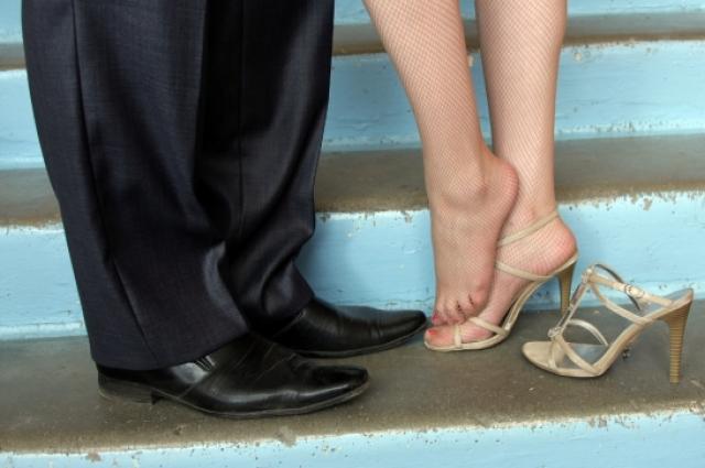 Красивые ножки требуют заботы и внимания.