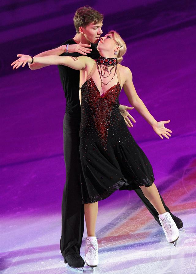Фигуристы Екатерина Боброва и Дмитрий Соловьёв - кандидаты в олимпийскую сборную и наша золотая надежда