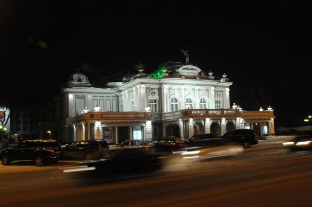 Омская драма - архитектурная доминанта центра города.
