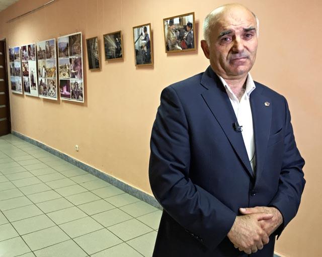 Меружан Вермишян на открытии выставки.