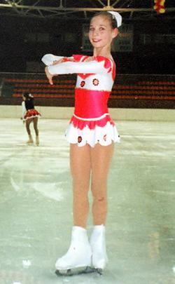 Фигуристка Алена Леонова в детстве