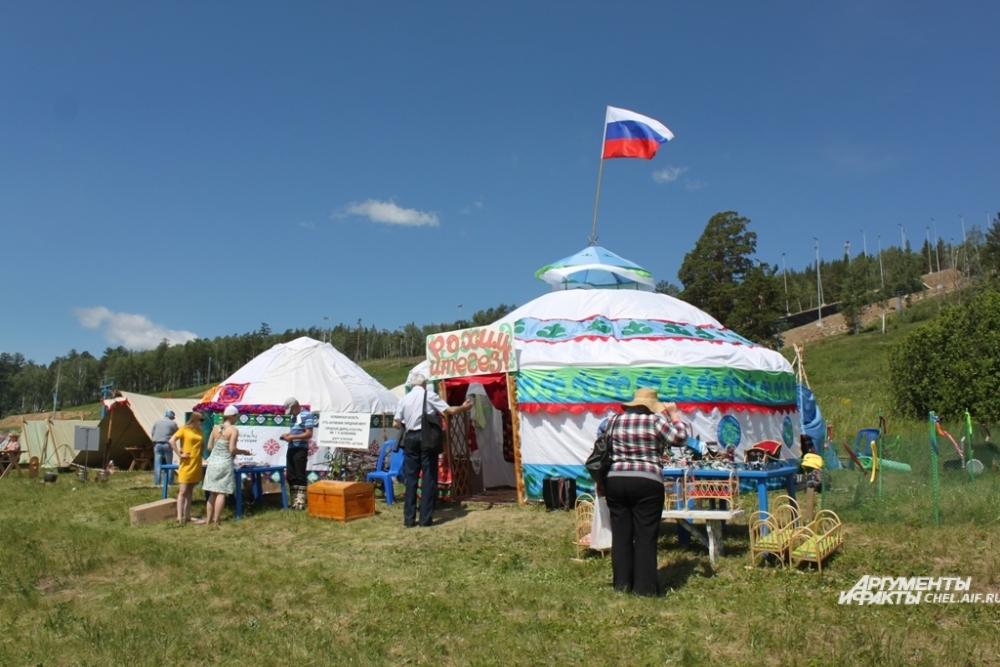 Уральское поселение растянулось длинной