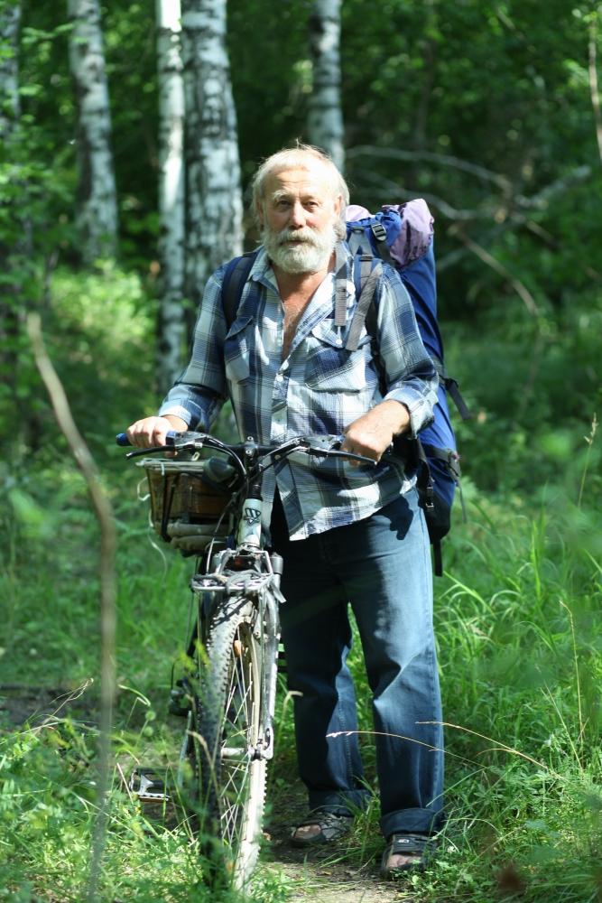 Вот на этом велосипеде наш путешественник не раз добирался до Уфы, а это почти 400 км по горам.
