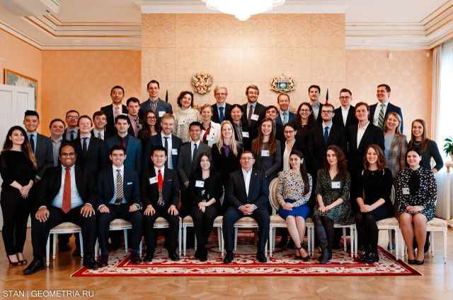 В Тюмень прибыли 30 студентов лучших вузов США и России