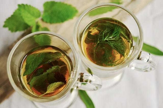 Марокканский мятный чай хорошо освежает.