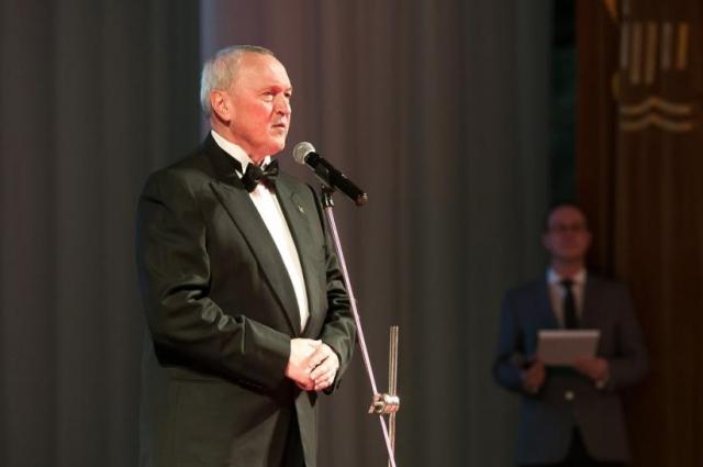 Василий Высоков открыл церемонию награждения.