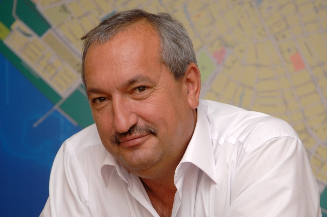Глава Каневского сельского поселения Владимир Репин.