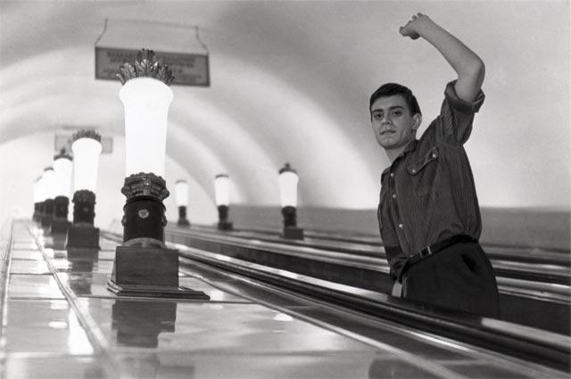 Фильм «Я шагаю по Москве» режиссера Георгия Данелия. Мосфильм. 1964. СССР. На фото: Никита Михалков.