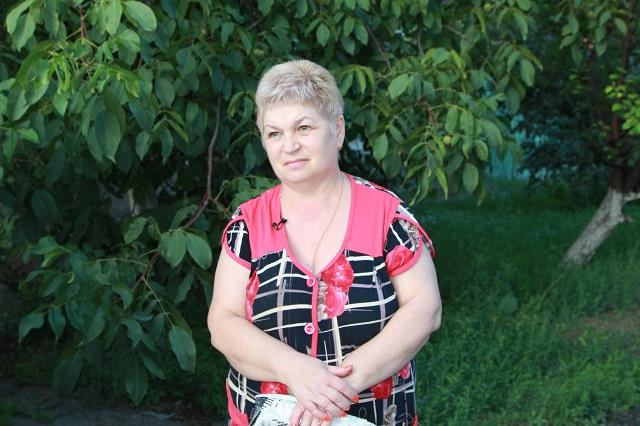 Марине Елисеевой запрещали хоронить родственницу.
